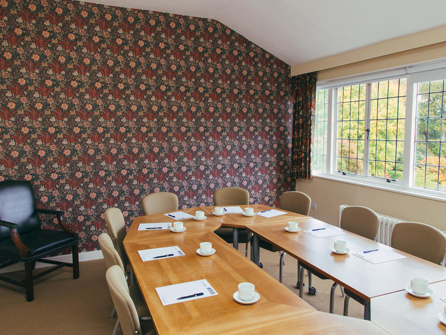 Winterbourne board room University of Birmingham | Conferences & events