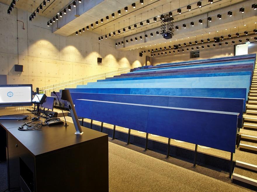University of Greenwich Tiered lecture theatre